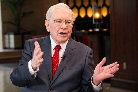 巴菲特也遵行的「價值投資」是什麼?價值投資的4個存股法則:「參考本益比,選出被低估的高cp值股票!」