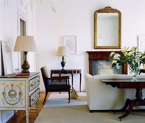 salones   espejo, cómoda antigua