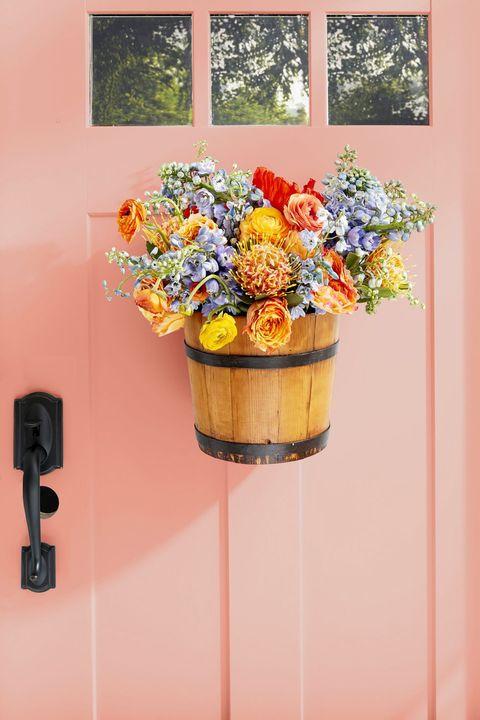 piggin bucket easter wreath