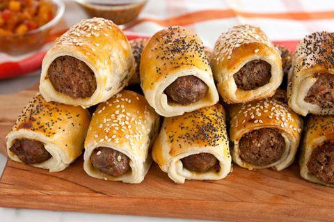Plateau, Alimentation, Cuisine, Ingrédient, Rouleau de saucisse, Börek, Pâtisserie, Apéritif, Produit, Petit pain,