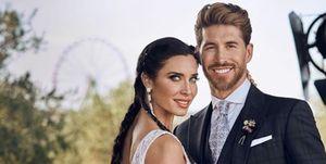 Pilar Rubio y Sergio Ramos posan en el día de su boda