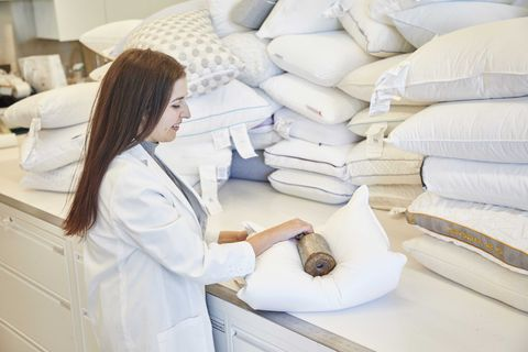 Pillow Buying Guide - Danielle Daly Image