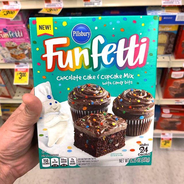 pillsbury's funfetti chocolate cake and cupcake mix