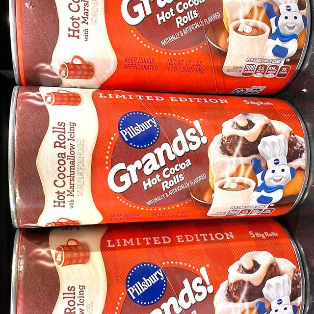 pillsbury grands hot cocoa rolls with marshmallow icing