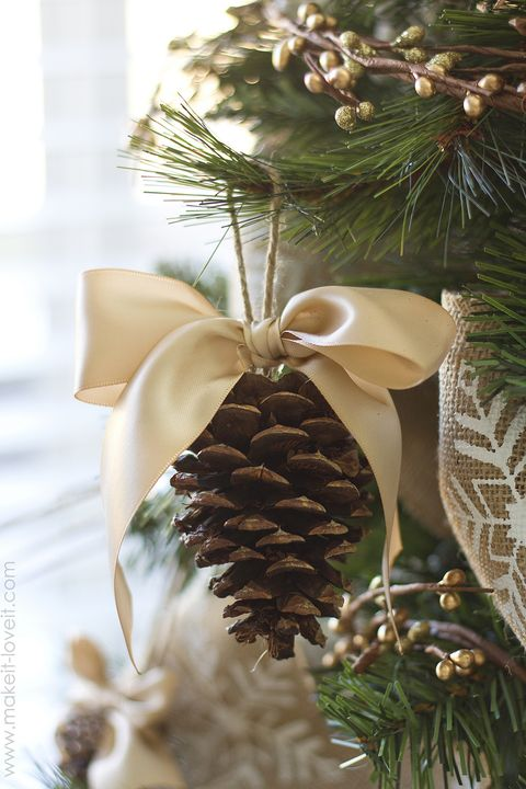 pine cone bow ornament craft