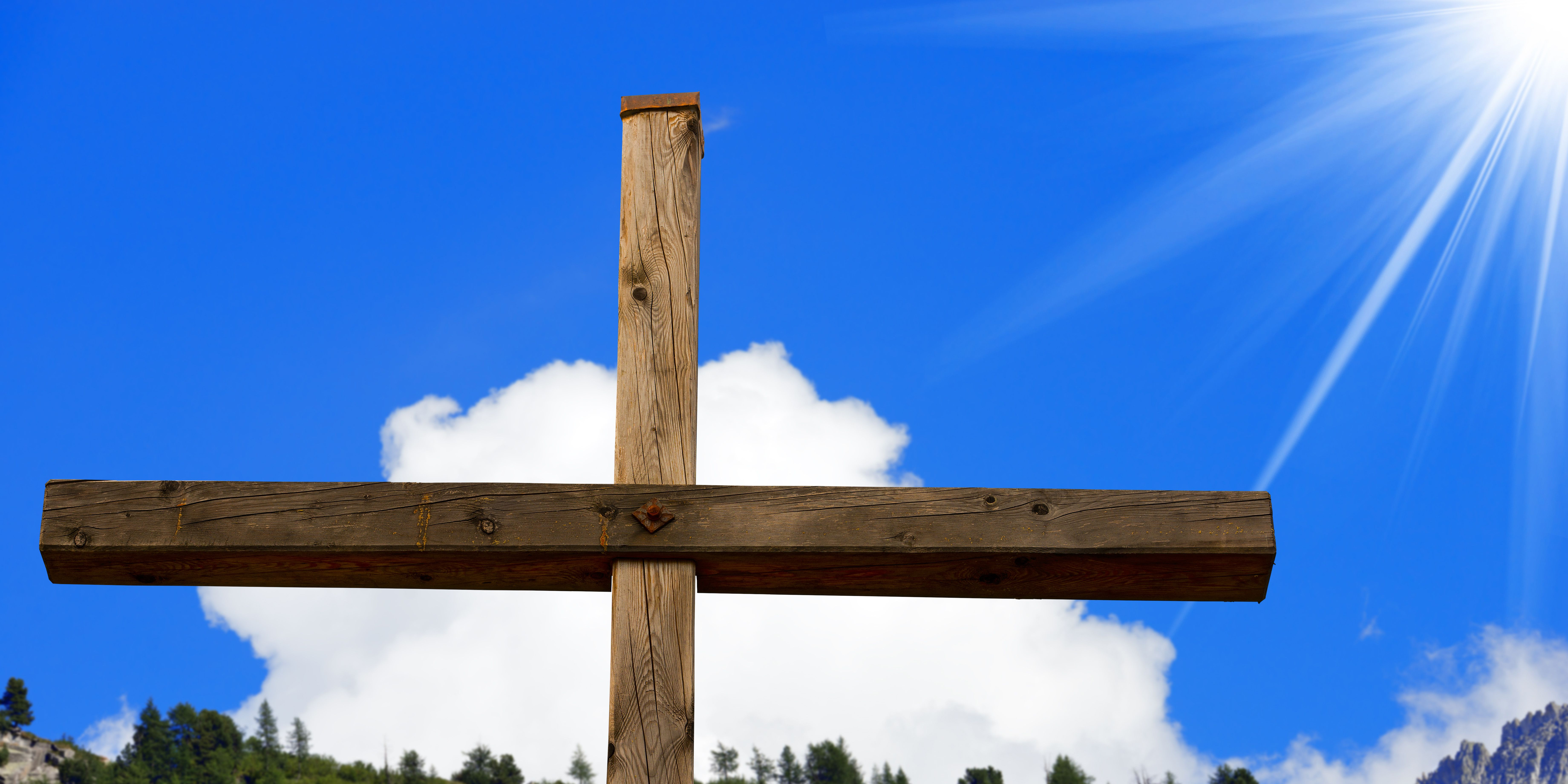 pine tree crosses easter story