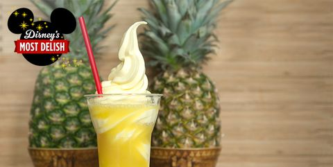 Pineapple, Ananas, Food, Fruit, Drink, Plant, Non-alcoholic beverage, Natural foods, Juice, Bromeliaceae,