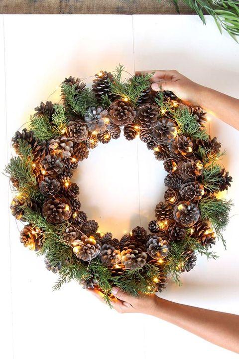 pinecone light wreath