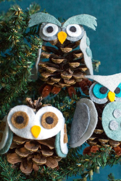 Christmas Craft - Pinecone Owl