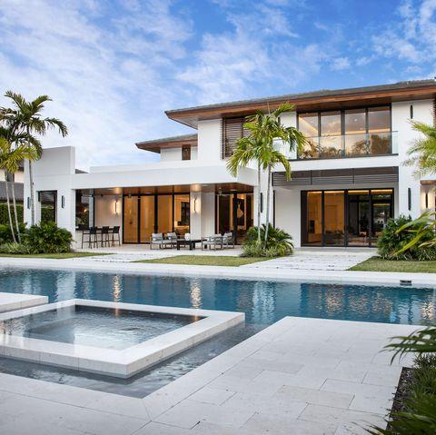 Property, Building, House, Real estate, Home, Swimming pool, Architecture, Resort, Estate, Villa,