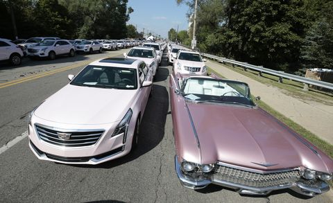 Over 100 Pink Cadillacs Turn Out for Aretha Franklin's Funeral