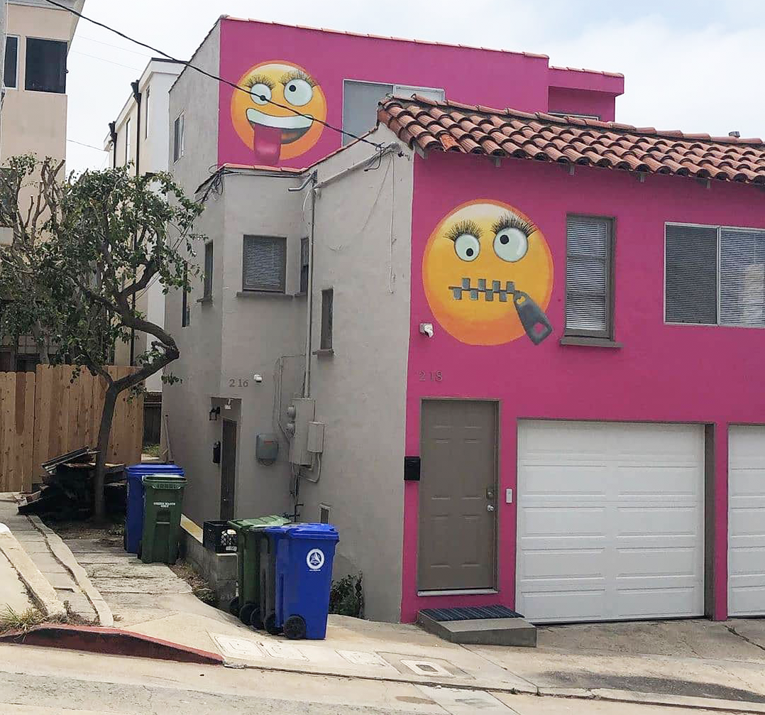 This Pink Emoji House in Manhattan Beach Is Causing Drama Between Neighbors