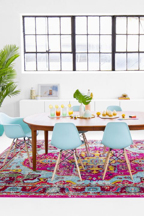 pink and blue dining room