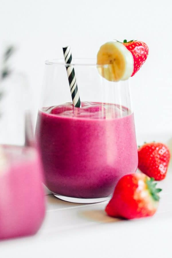 Pink Power Beet Smoothie Roasting beets can be kind of a pain, but it's totally worth it if you balance their earthy notes with vegan strawberry yogurt and honey. Get the recipe Per serving: 191 calories, 1 g fat (1 g saturated), 44 g carbs, 35 g sugar, 73 mg sodium, 4 g fiber, 5 g protein