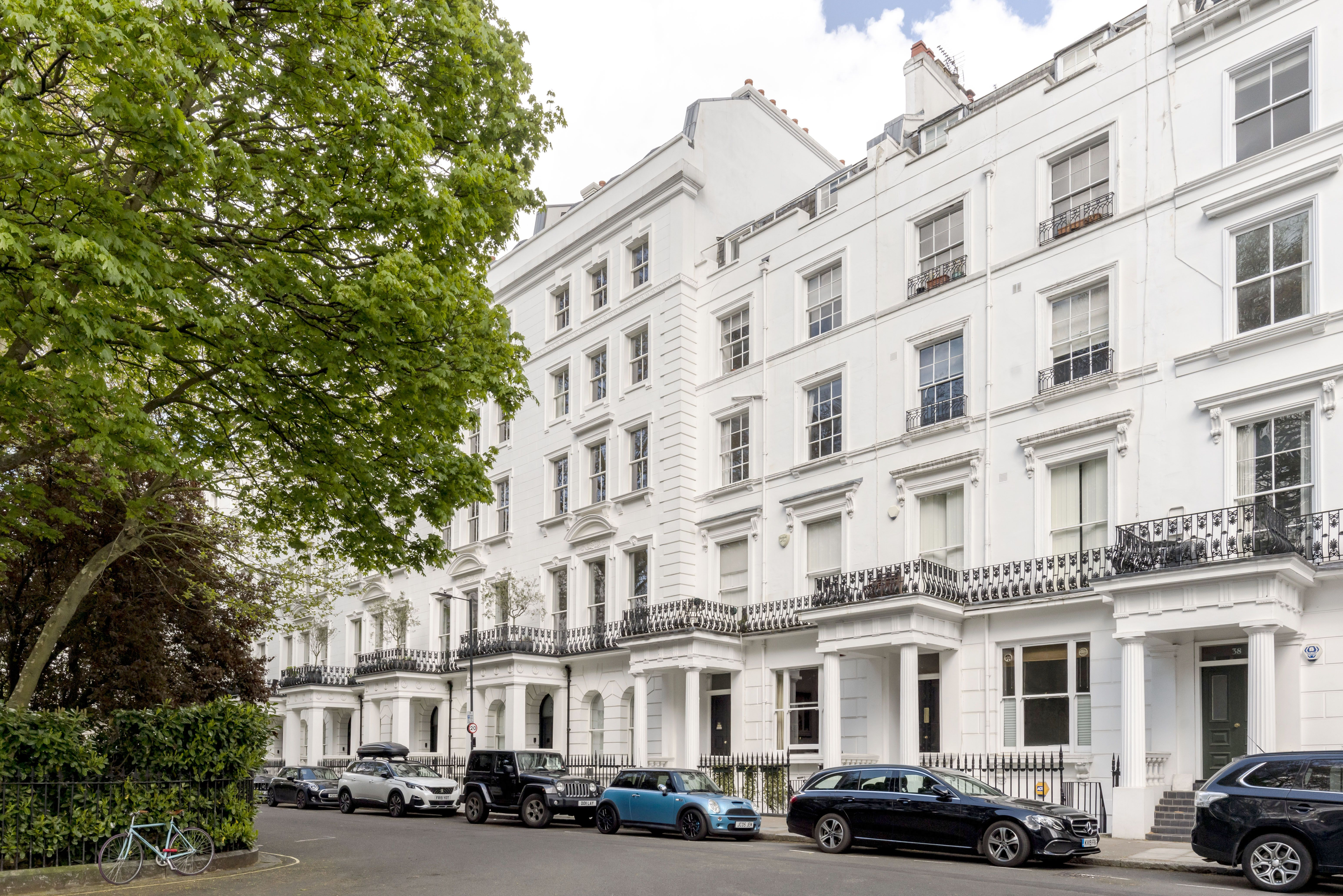 Stylish one-bedroom apartment with blush pink interiors for sale in Bayswater