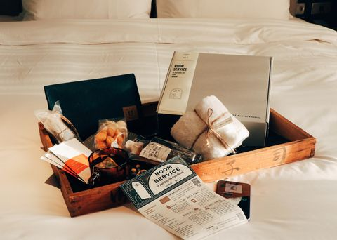 《夏日之間room service from tainan》