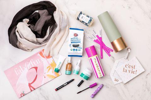 Product, Beauty, Design, Bag, Eyelash,
