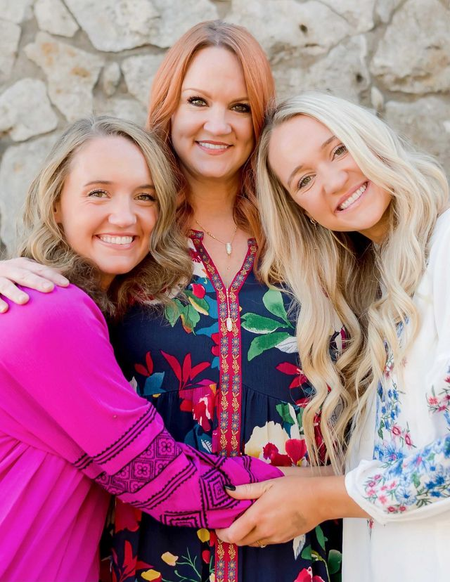 ree drummond with her daughters paige and alex
