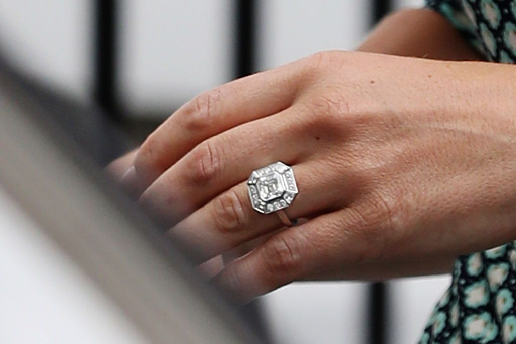 Pippa Middleton Engagement Ring Photos of Pippa Middletons