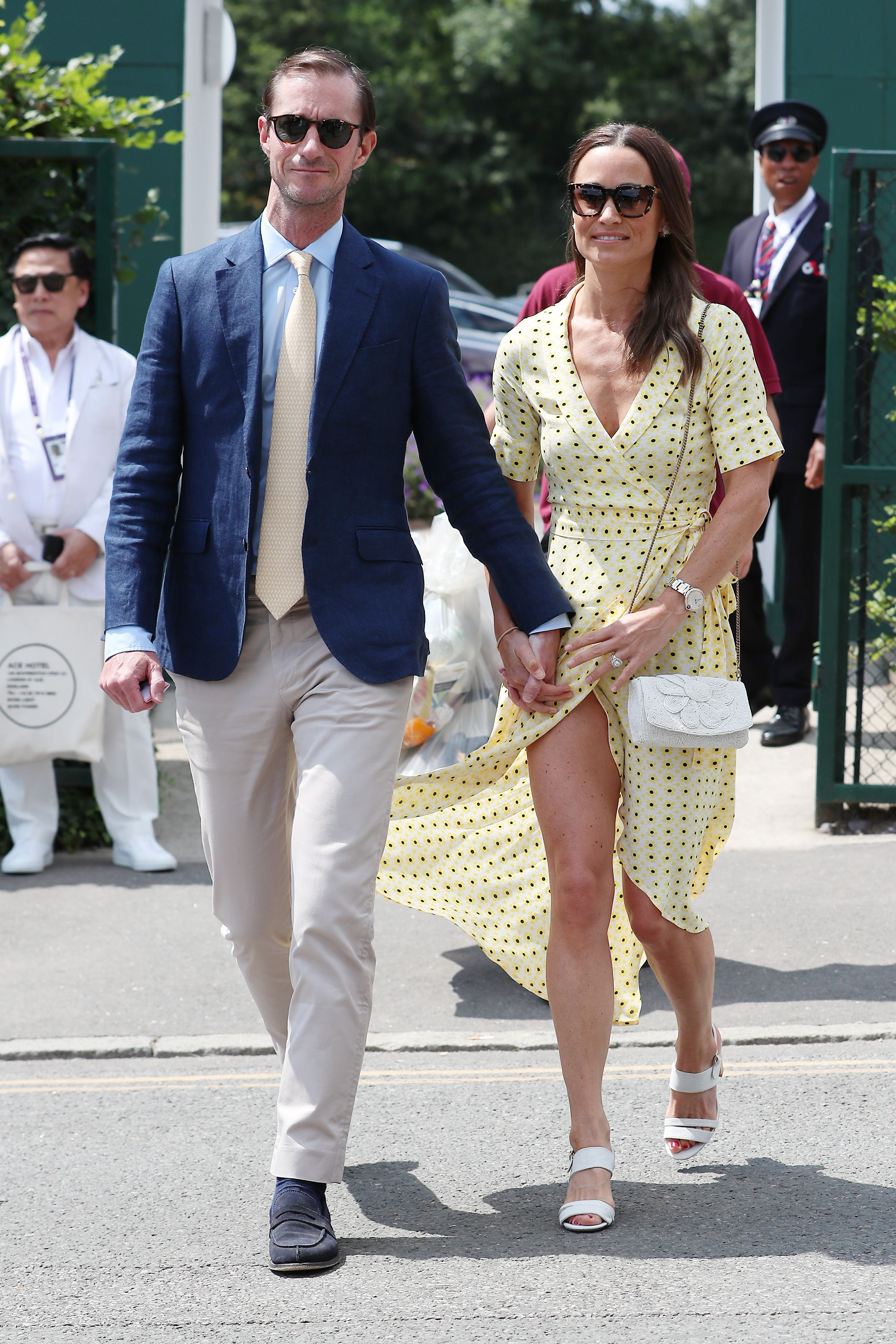 Witness Pippa Middleton Recover From a Near-Wardrobe Malfunction Like a Total Queen