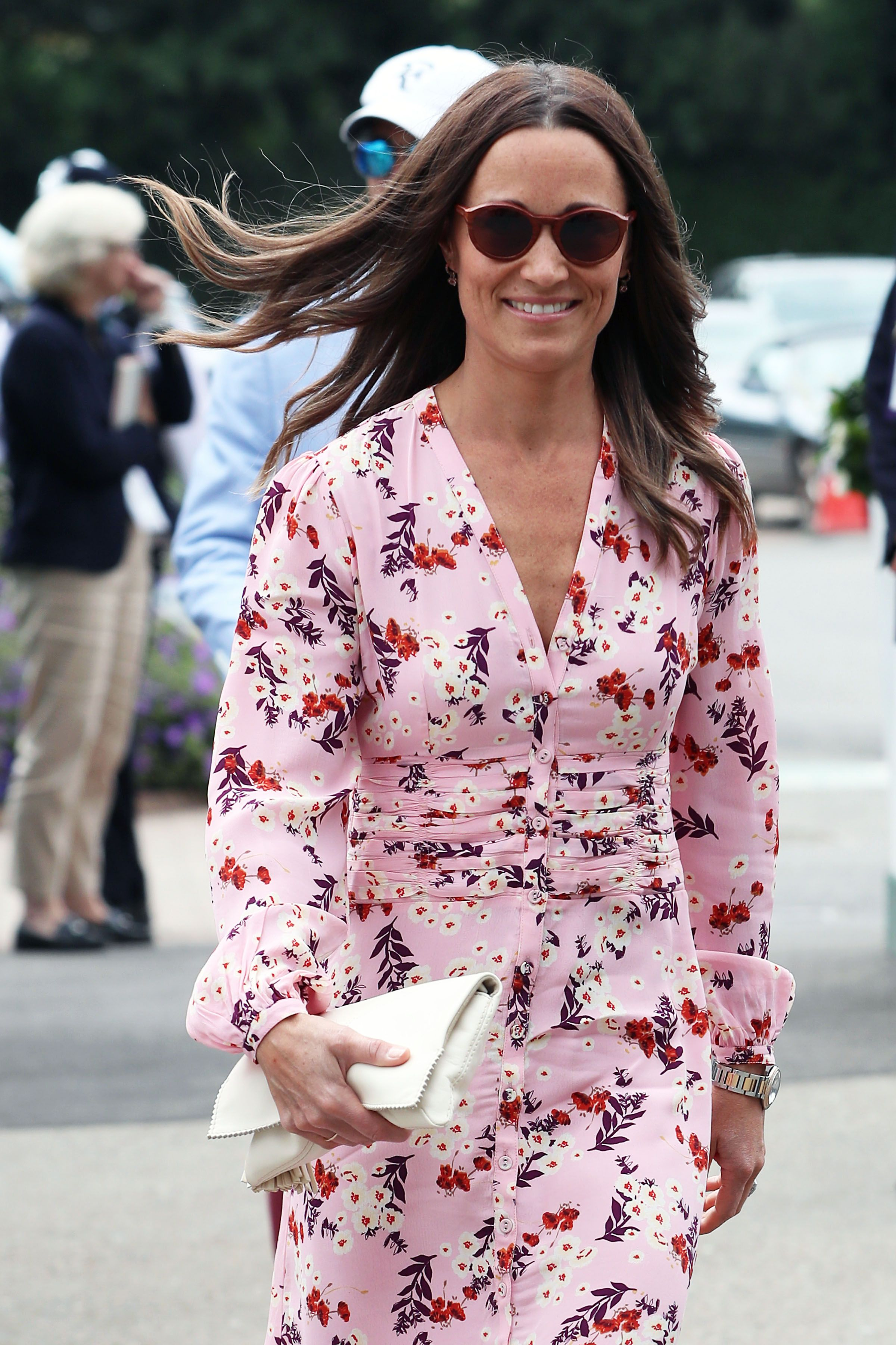 Pippa Middleton Attends Wimbledon Men's Finals with Her Mom, Carole Middleton