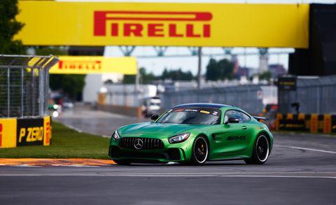 Land vehicle, Vehicle, Car, Automotive design, Performance car, Sports car, Yellow, Sports car racing, Automotive tire, Wheel,