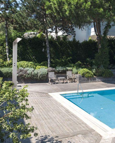 piscina con ducha exterior colex01