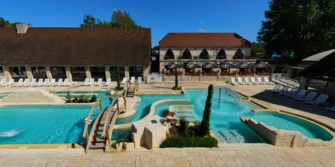 Swimming pool, Resort, Property, Building, Vacation, Real estate, Resort town, Leisure, Estate, Hotel,