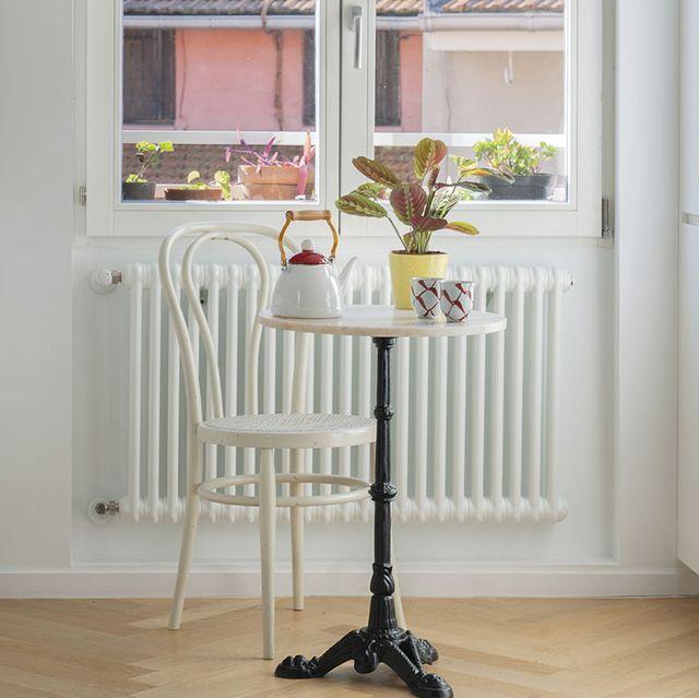 piso en bilbao cocina con pequeño office