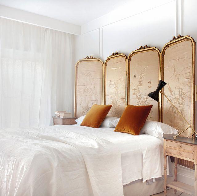 un piso moderno en madrid con una decoración de estilo clásico parisino