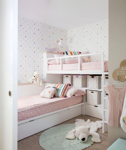 piso con espacios abiertos decorado en tonos neutros y luminosos