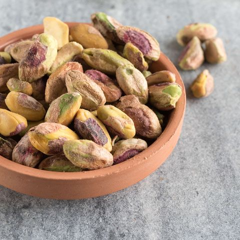 Raw pistachios without shell (no shell). Pistachios are a