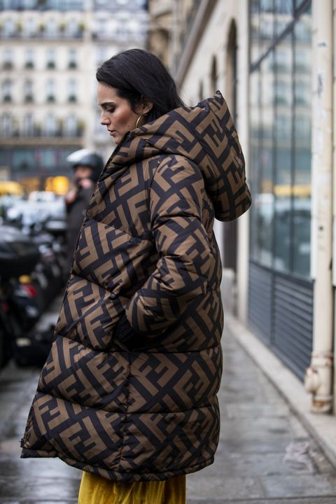 Street Style - Paris Fashion Week - Haute Couture Spring Summer 2020 : Day  Three