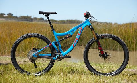 Land vehicle, Bicycle wheel, Bicycle, Vehicle, Bicycle part, Bicycle frame, Spoke, Mountain bike, Bicycle tire, Bicycle fork,