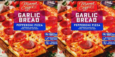 Dish, Food, Cuisine, Pizza cheese, Pizza, Pepperoni, Ingredient, California-style pizza, Flatbread, Convenience food,