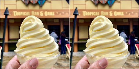 Ice cream, Soft Serve Ice Creams, Frozen dessert, Food, Dondurma, Dessert, Gelato, Ice cream cone, Dairy, Cuisine,
