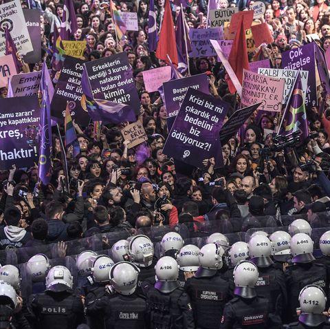 TOPSHOT-TURKEY-WOMEN'S DAY-8MARCH-RIGHTS