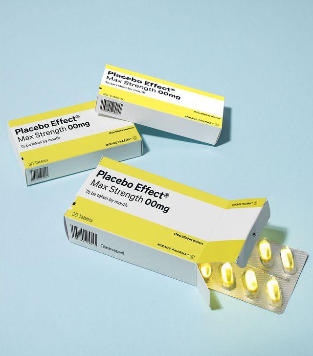 drug trialsplacebospackets of pills or tablets