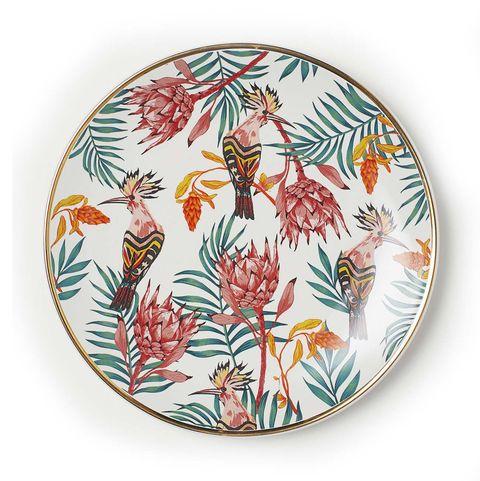 Plato decorado con aves y plantas