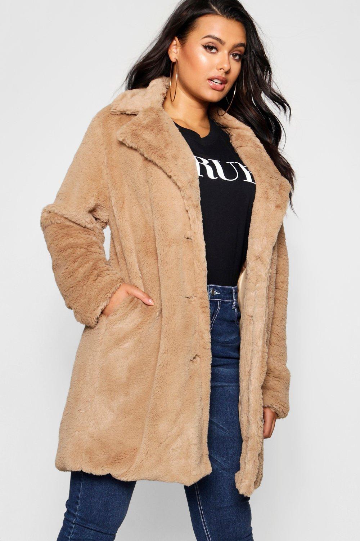 bfa7ca707d4 Best Plus Size Coats 2018 - Cosmopolitan UK s Pick of the 19 Best Winter  Coats and Jackets