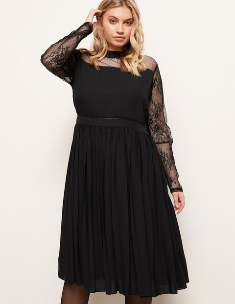 246ab41a52e96 Plus Size Party Dresses - 29 Curvy Girl Party Dresses That Will Make ...