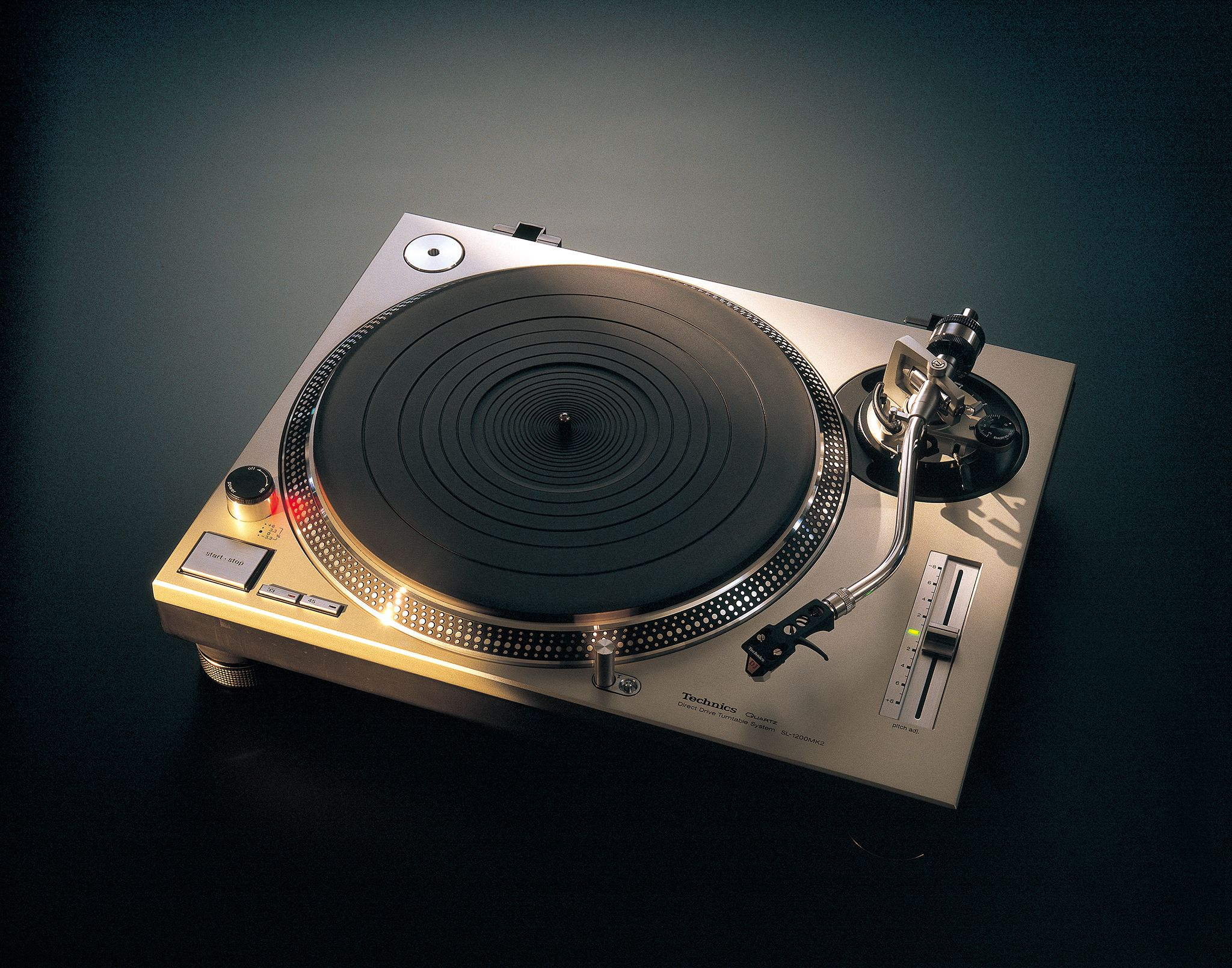 This Technics Turntable Powered Hip-Hop's Early Sound