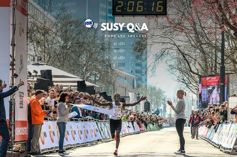 Running, Half marathon, Marathon, Recreation, Pedestrian, Tree, Crowd, Long-distance running, Exercise, City,
