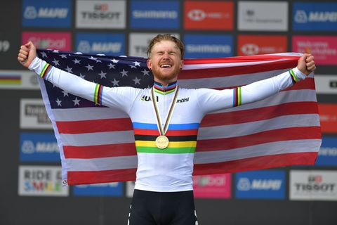 Quinn Simmons wins the junior men's road race at worlds