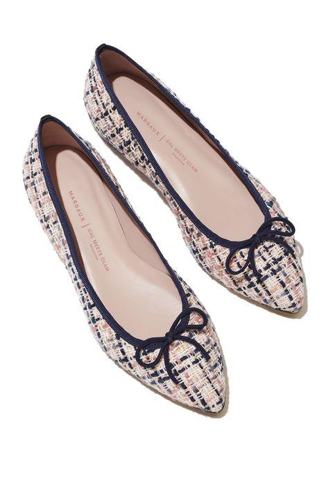 Footwear, Ballet flat, Shoe, Beige, Court shoe,