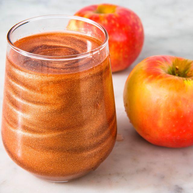 Food, Apple, Non-alcoholic beverage, Fruit, Apple cider vinegar, Ingredient, Juice, Drink, Apple cider, Apple juice,