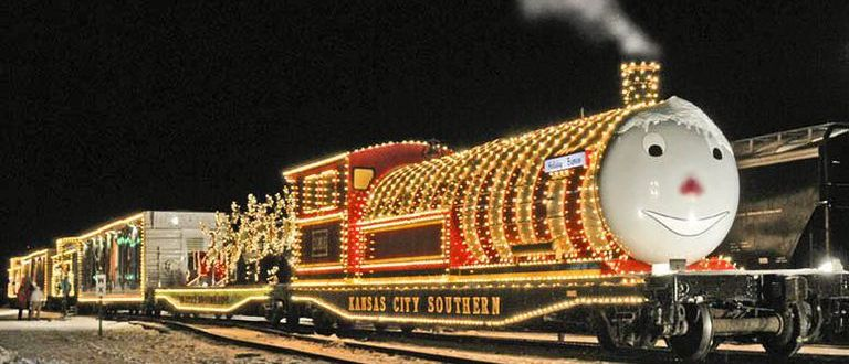 10 Best Polar Express Train Rides For Christmas 2018