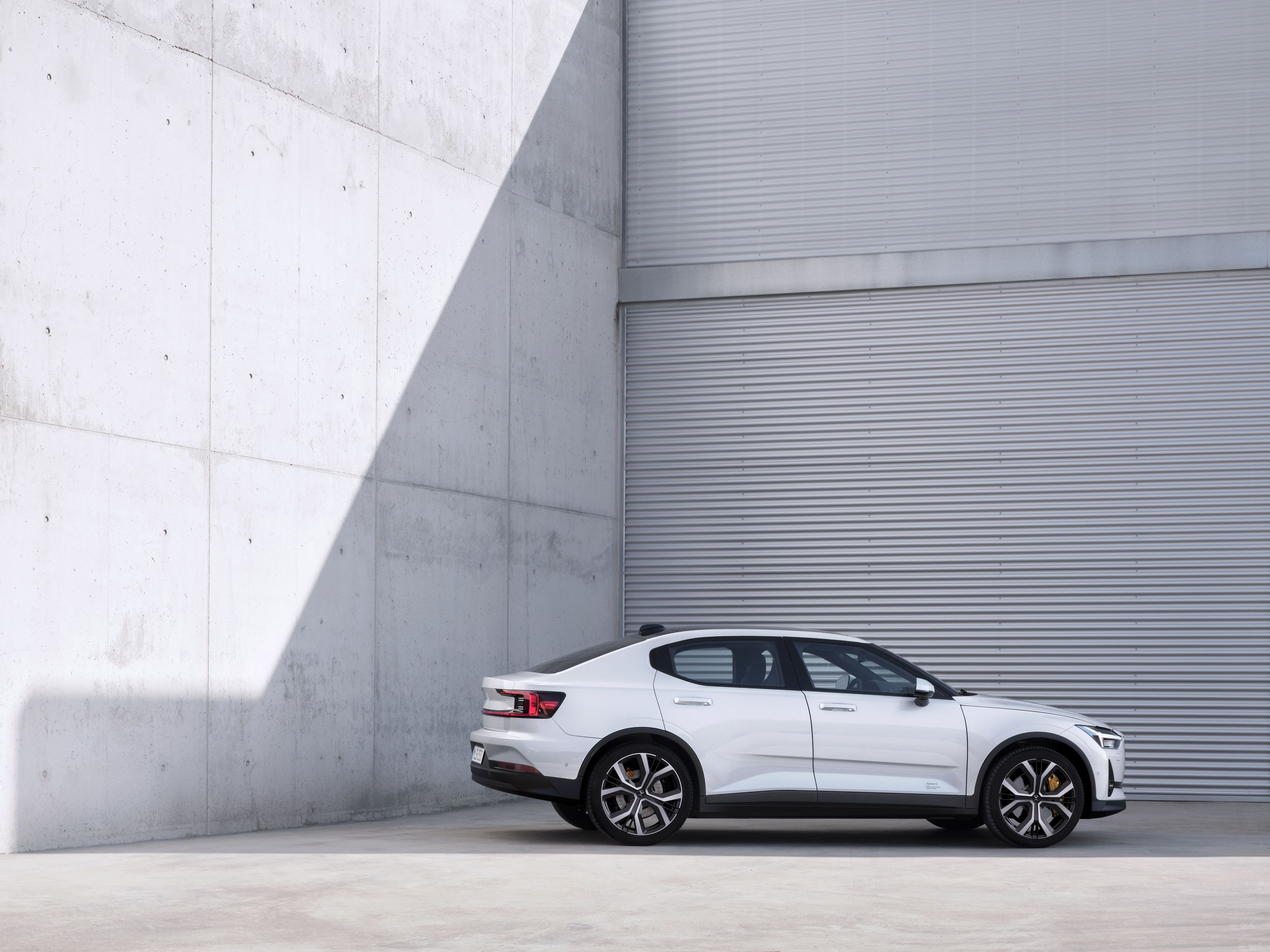 The 2020 Polestar 2 Is A 408 Hp Electric Sedan Made To Fight Tesla Model 3