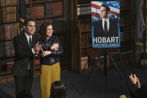 the politician l to r ben platt as payton hobart and zoey deutch as infinity jackson in episode 3 of the politician cr giovanni rufinonetflix © 2020