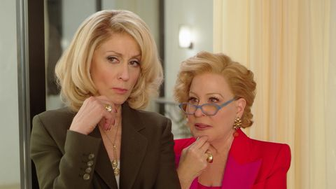 the politician l to r judith light as dede standish and bette midler as hadassah gold in episode 6 of the politician cr courtesy of netflixnetflix © 2020